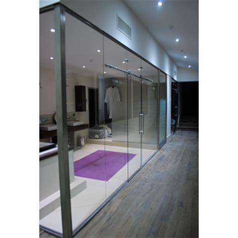 cuisine porte coulissante en verre et contre tout réalisations verrerie porte et