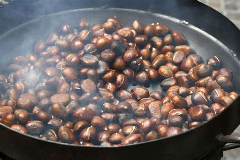 cooking chestnuts recipe heisse maronen or roasted chestnuts stuttgartcitizen com