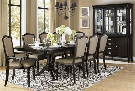 Marston Rectangular Extendable Dining Room Set From
