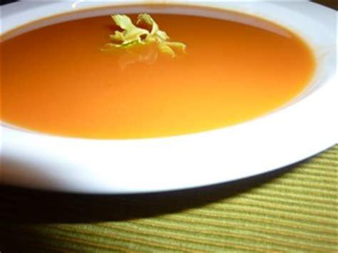 cuisiner des haricots verts en boite soupe tomate courgette plat du jour recettes de