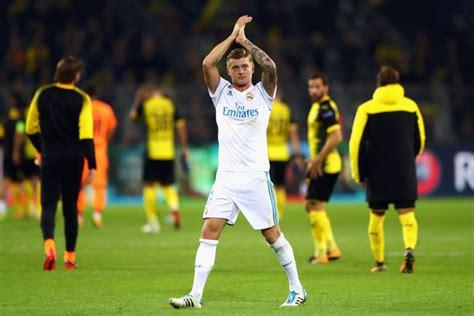 Toni Kroos - Toni Kroos Photos - Borussia Dortmund v Real ...