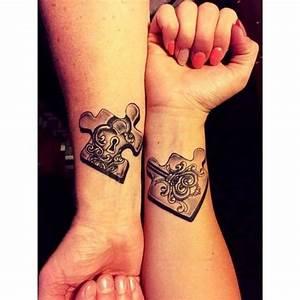 Tatouage Couple Original : best 25 couple tattoo heart ideas on pinterest couple ~ Melissatoandfro.com Idées de Décoration