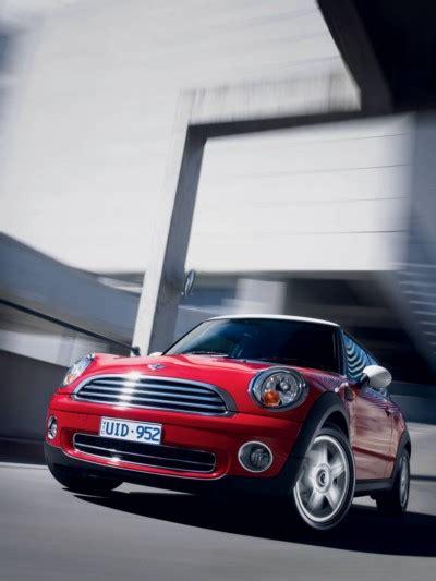 2007 Mini Cooper Reviews by Review 2007 Mini Cooper Car Review