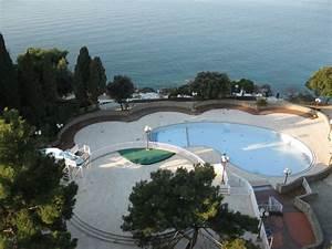 Pool Von Oben : pool ohne wasser von oben drazica resort hotel drazica krk stadt holidaycheck kvarner ~ Bigdaddyawards.com Haus und Dekorationen