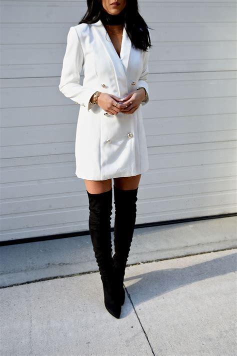 tenue avec cuissarde white blazer dress thigh high boots wear
