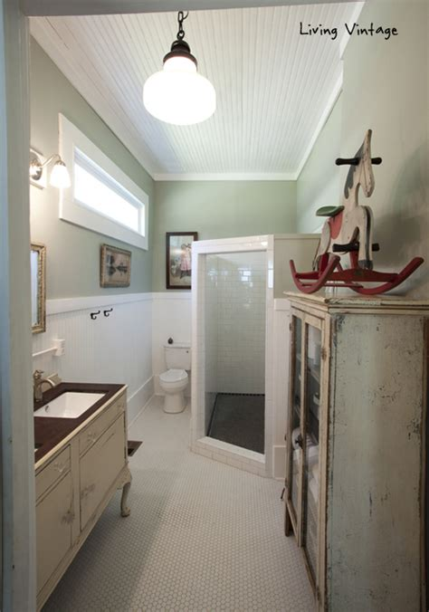 hometalk fab farmhouse bath decor denise   whims