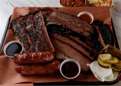 special bbq food killen s barbecue a smoked meat star is born houston chronicle