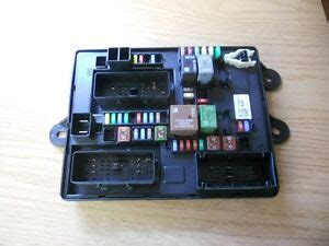 84 Corvette Fuse Box by Corvette C7 Fuse Relay Box 14 15 Oem 22842519 Ebay