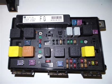 Astra Fuse Box by Used Opel Astra H L48 1 6 16v Twinport Fuse Box