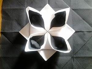 Pliage De Serviette En Papier Facile : serviette en papier pliage bicolor anniversaire pliage ~ Melissatoandfro.com Idées de Décoration