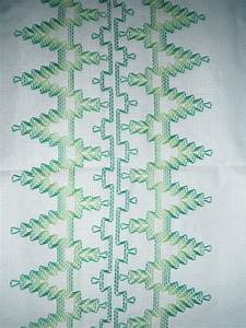 Kissen Auf Schwedisch : 213 besten embroidery huck bilder auf pinterest schwedisch weben bestickte handt cher und ~ Eleganceandgraceweddings.com Haus und Dekorationen