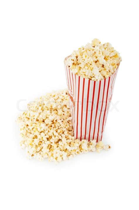 popcorn tuete auf dem weissen hintergrund isoliert