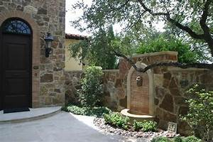 Courtyard wall fountain Garden Design Projects of Oasis