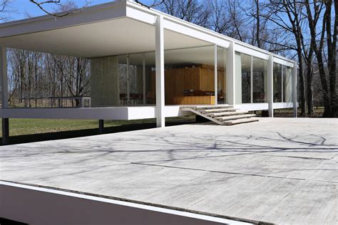 [building] Farnsworth House By Mies Van Der Rohe