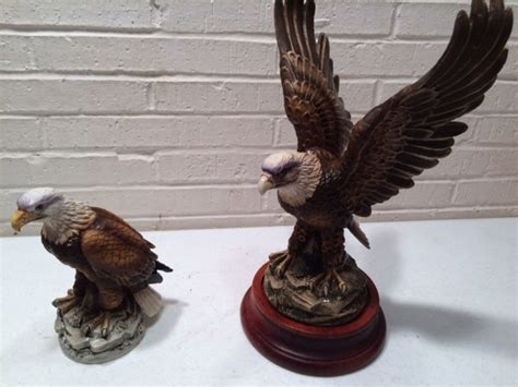 Home Interior Eagle Figurine :  Fireplace Door, Antique Washtub, Bald Eagles