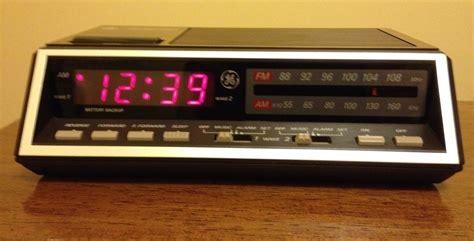 l radio alarm clock ge 7 4616b vintage general electric digital red am fm