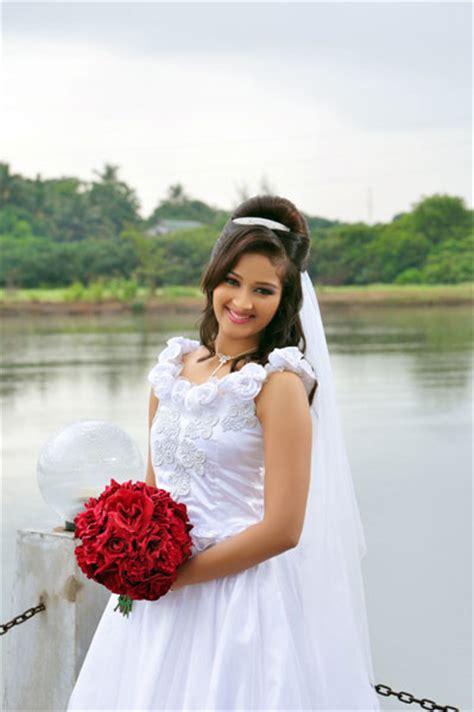 sri lankan western brides western bridal dressing  sri