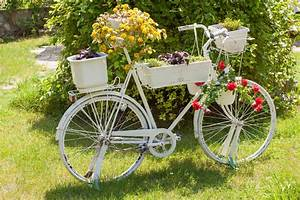 33 bicycle flower planters for the garden or yard With what kind of paint to use on kitchen cabinets for metal bicycle wall art