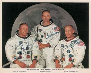 Apollo Astronaut Autographs and Moonwalker Signed Photos ...