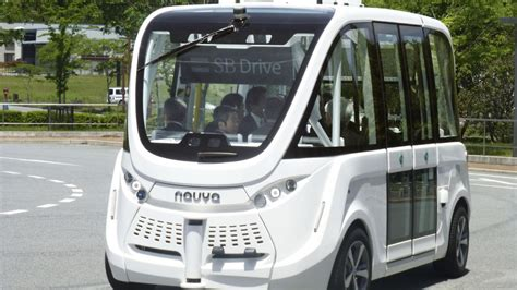 softbank baidu units tie up to bring autonomous buses to japan