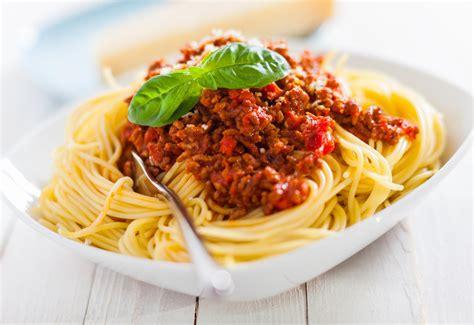 pate a la bolognaise recette spaghettis bolognaise recette sant 233 medisite