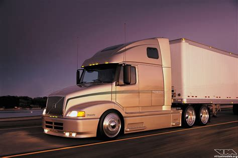 Custom Volvo 780 Truck Pictures to Pin on Pinterest
