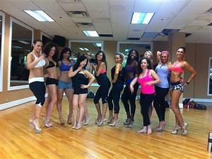 the high feminine fitness hourglass girls compete fitness shows hourglass workout
