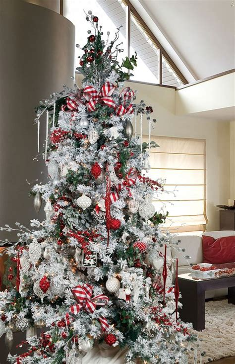dreamy flocked christmas tree decoration ideas