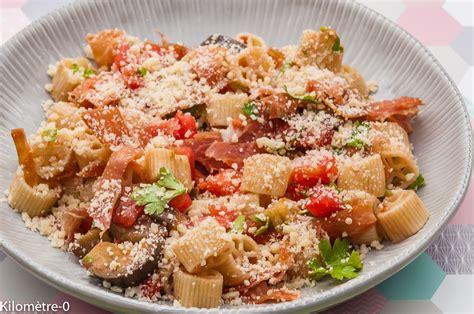 cuisine italienne pates salade de pommes de terre aux brocolis et aux oeufs