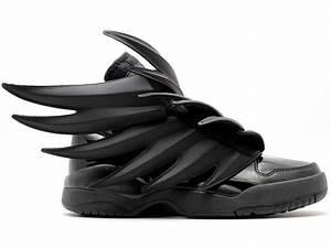 Chaussure Pour Femme Pas Cher : adidas jeremy scott wings 3 0 batman gs chaussure adidas pas cher pour femme enfant cblack ~ Dode.kayakingforconservation.com Idées de Décoration