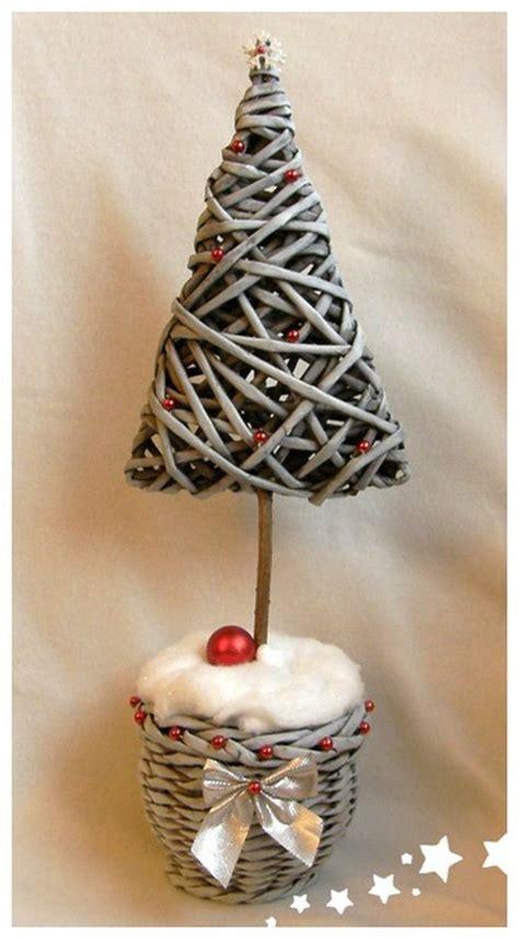 193 rbol de navidad con tubos de papel peri 243 dico news paper