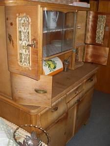 Omas Altes Küchenbuffet : k chenbuffet zum aufarbeiten deutliche gebrauchsspuren aber die substanz ist ~ Orissabook.com Haus und Dekorationen
