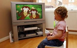 How much TV is it OK for a child to watch each day?