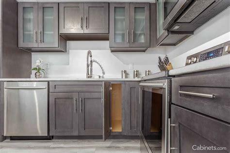 cabinetscom kitchen cabinets