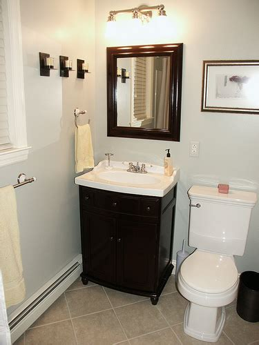 remodeling a small bathroom on a budget 2017 grasscloth