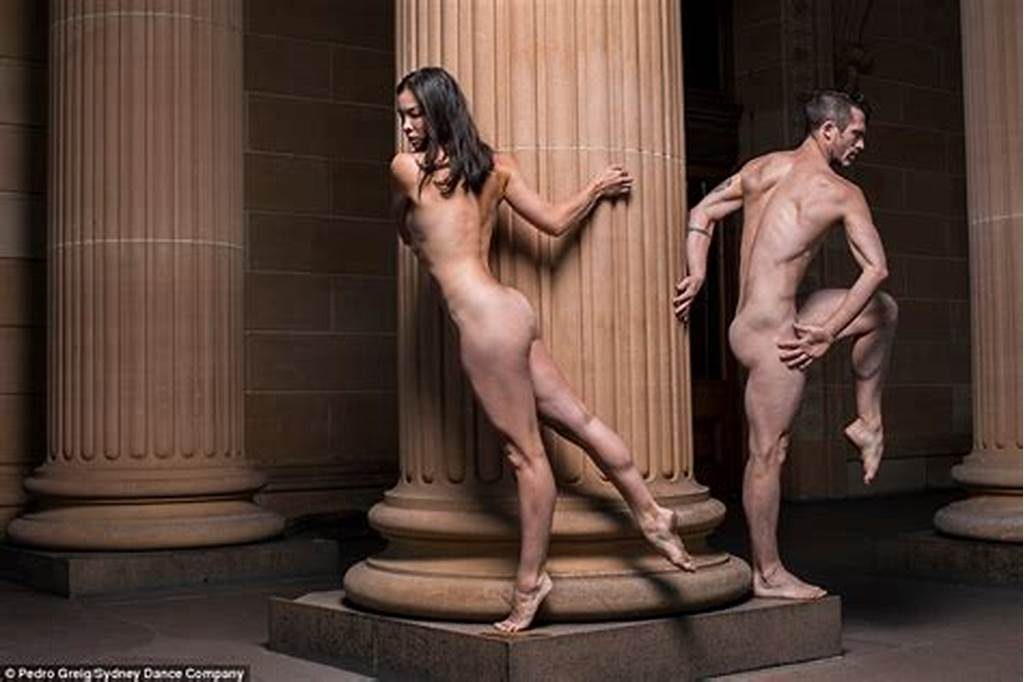 #Sydney #Dance #Company #Performs #In #Front #Of #Naked #Audience