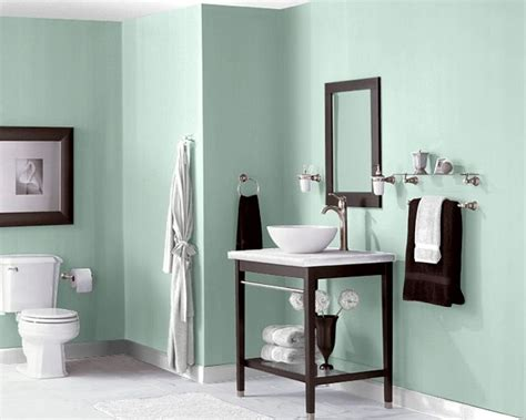 peaceful green bathroom paint color recommended by encore