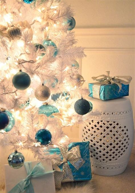 light blue christmas tree ornaments 35 frosty blue and white christmas d 233 cor ideas digsdigs