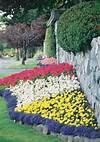 33 Beautiful Flower Beds Adding Bright Centerpieces to flower garden landscaping