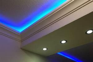 Profilleisten Für Indirekte Beleuchtung : stuckleiste dbkl 82 st f r indirekte led beleuchtung decke bendu ~ Sanjose-hotels-ca.com Haus und Dekorationen