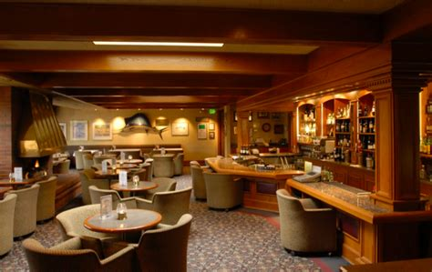 sayler country kitchen sayler s country kitchen in oregon serves a 72 ounce steak 5077