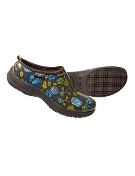 garden clogs womens garden shoes womens oliver clogs by bogs 174