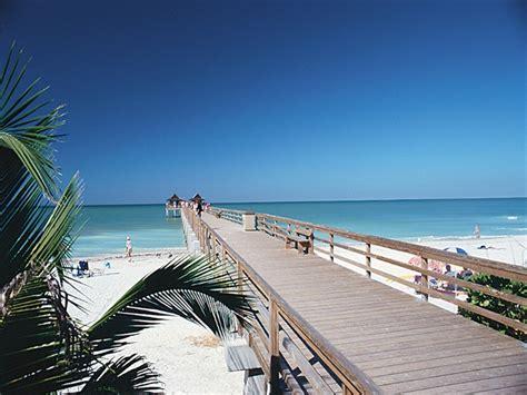 naples beach florida walk pier ave street fifth fullscreen