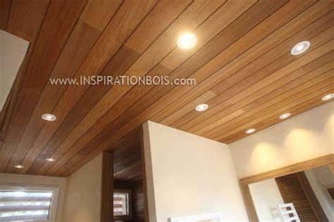 spot meuble cuisine habillage de mur de salle de bain en bois mur de
