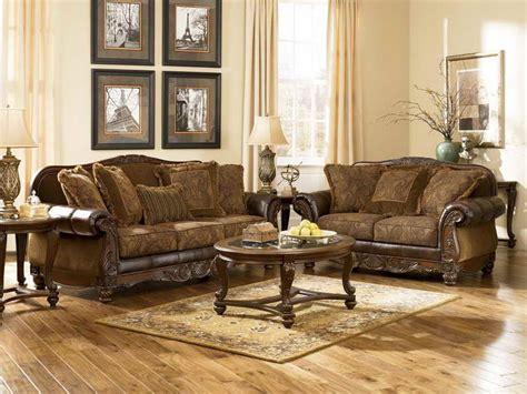 traditional living room furniture living room cozy look of a traditional living room