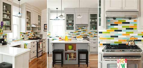 azulejos de colores en las paredes de la cocina