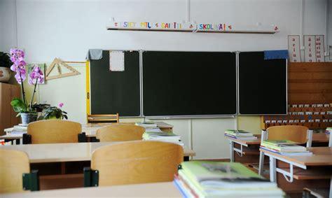 Aktuālākās problēmas Latvijas skolās - disciplīnas un labu ...