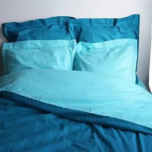 Housse Couette Bleu Canard : housse de couette bicolore coton lagon canard ~ Teatrodelosmanantiales.com Idées de Décoration