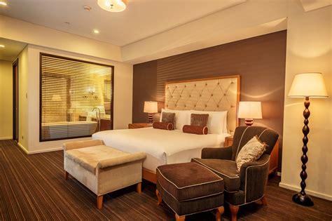 joy nostalg hotel suites manila  bedroom executive