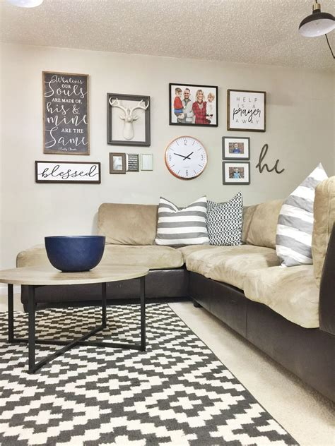 A blank wall can be an intentional component of a room, but it can also leave you feeling uninspired. 12 Affordable Ideas for Large Wall Decor   Dining room wall decor, Wall decor design, Dining ...